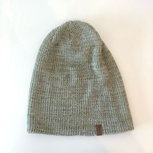 Roots Canada Light Green Beanie, NWOT